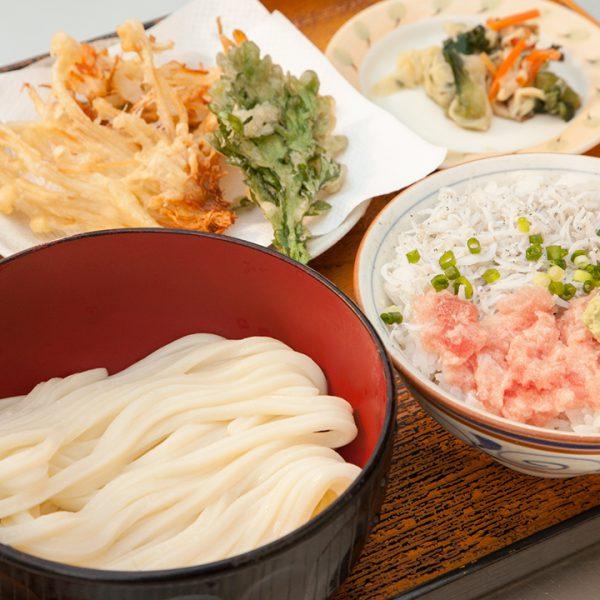 天妇罗,海鲜盖饭,乌冬面(温),沙拉(Iketeru)